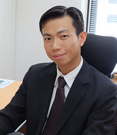 Director Henry Choi  United Overseas Bank (Thai) PCL